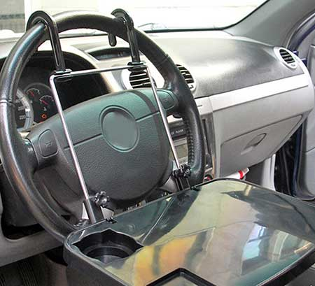 столик с креплением на руль