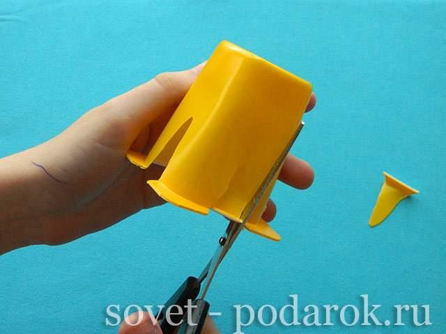 podelka-iz-stakanchika-shag-7