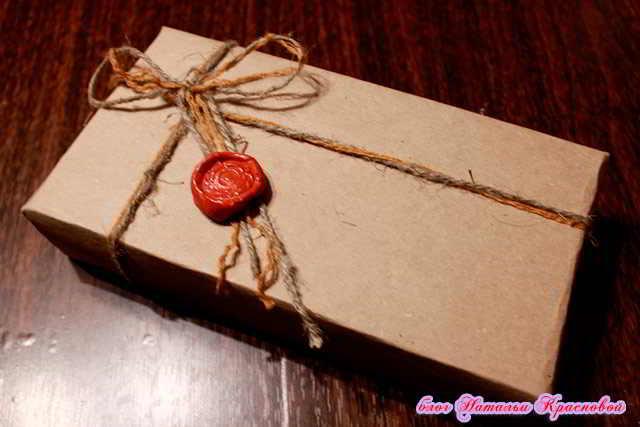 Как упаковать телефон для подарка 956
