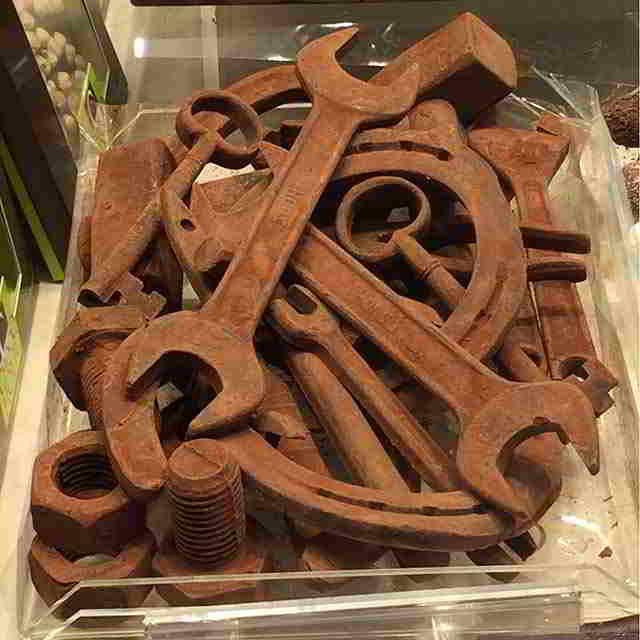 instrument-iz-shokolada