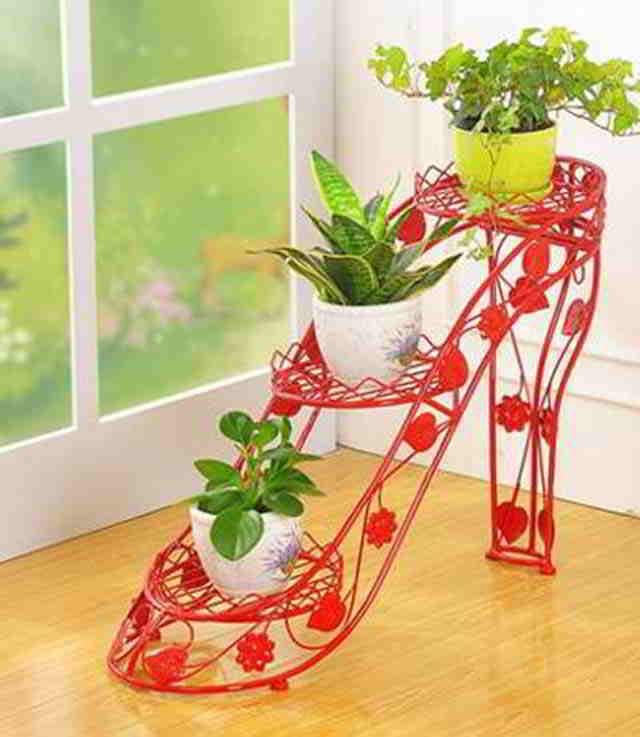 подставка для цветка в форме туфельки