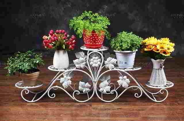 металлическая подставка для цветов на 5 горшков