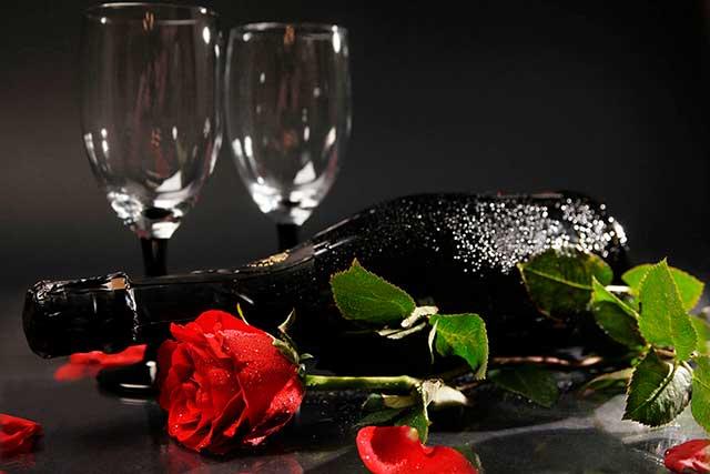 вино на 8 марта