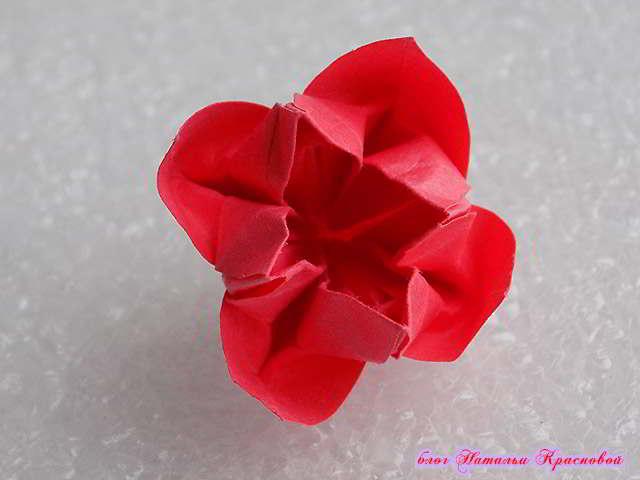 цветок оригами из бумаги 3