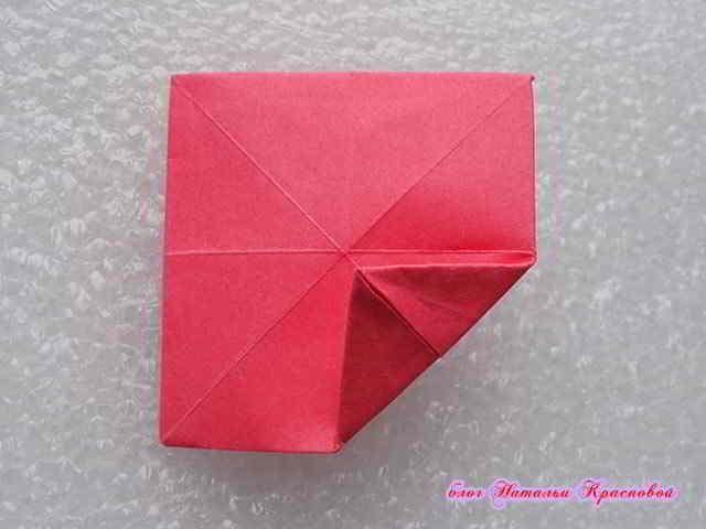углы квадрата бумаги