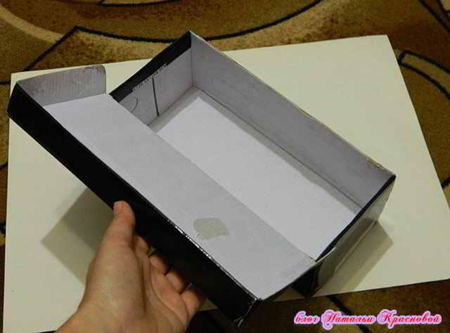 Как обклеить коробку с подарком 10