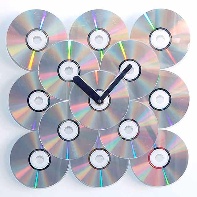 часы из дисков