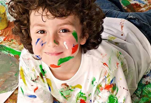 ребенок художник