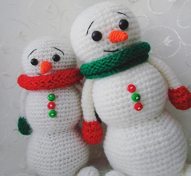вязанные снеговики