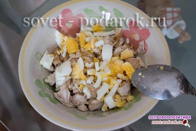 куриное мясо с яйцом