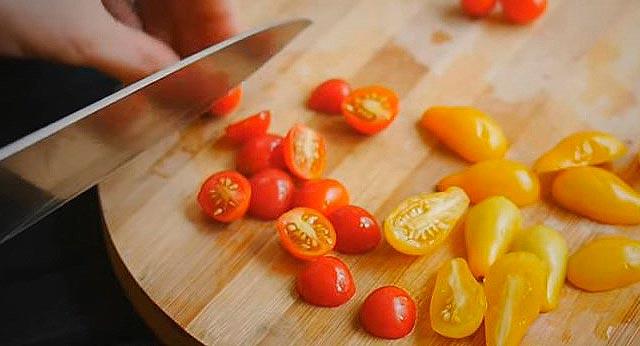 нарезка помидоров черри