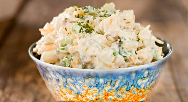 салат из авакадо с зеленым горошком