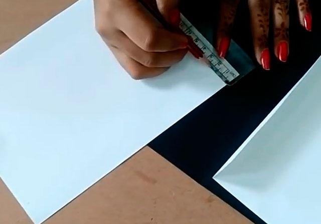 черная и белая бумага
