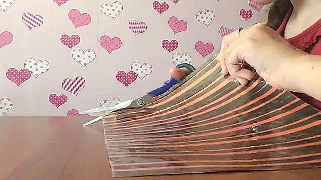разрезаем бумагу на полоски