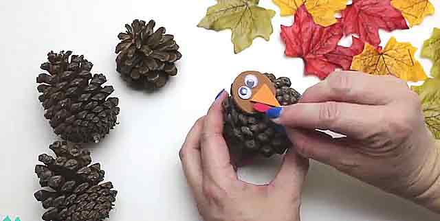 Поделки из еловых шишек. Красивые осенние поделки своими руками, мастер-классы, фото