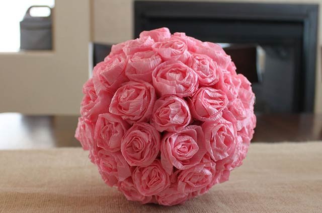 шар с розами