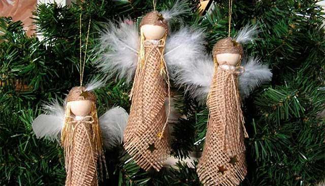 украшение на елку куклы