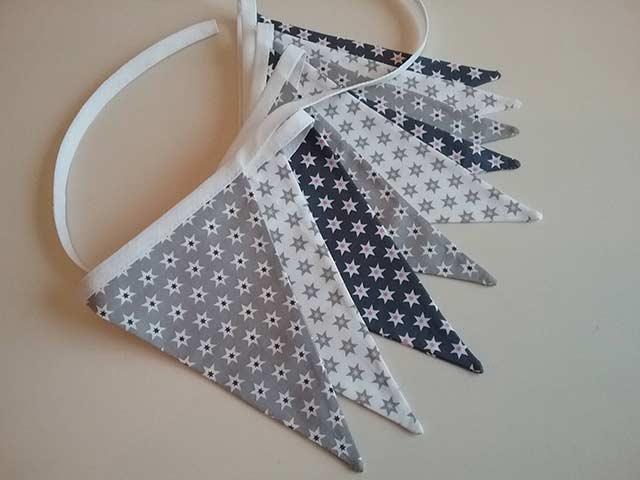 флажковая гирлянда из ткани