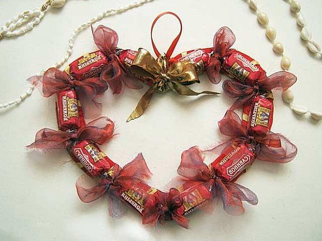 сердечки из конфет
