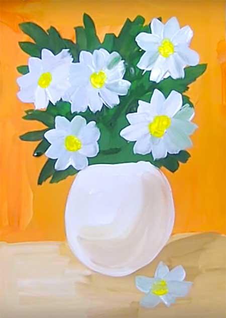 красивые цветы в вазе