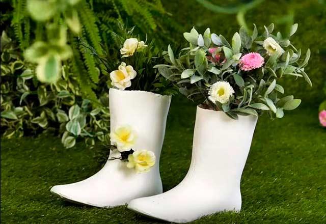 сапожки для цветов