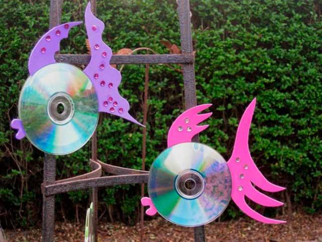 поделка из дисков для дачи