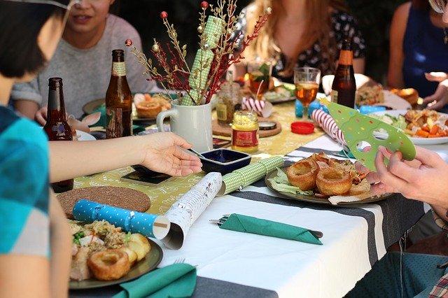 праздник за столом