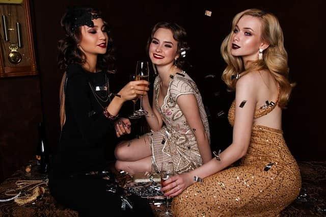 шампанское и девушки