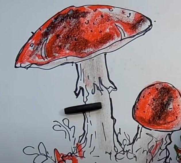 оформляем алым цветом шляпку гриба